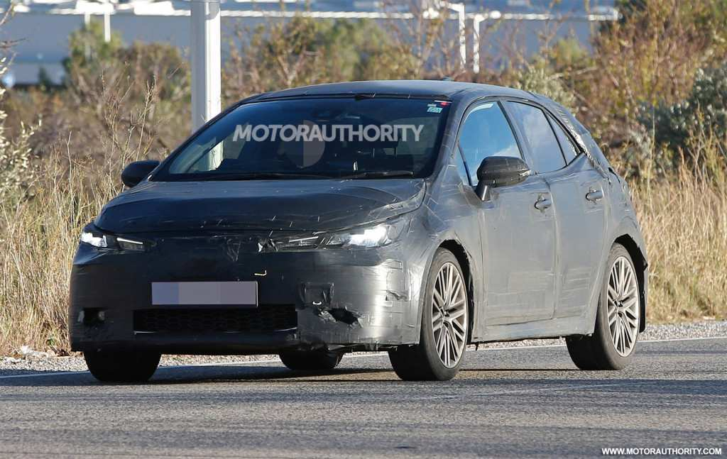 75 A 2020 New Toyota Avensis Spy Shots Overview
