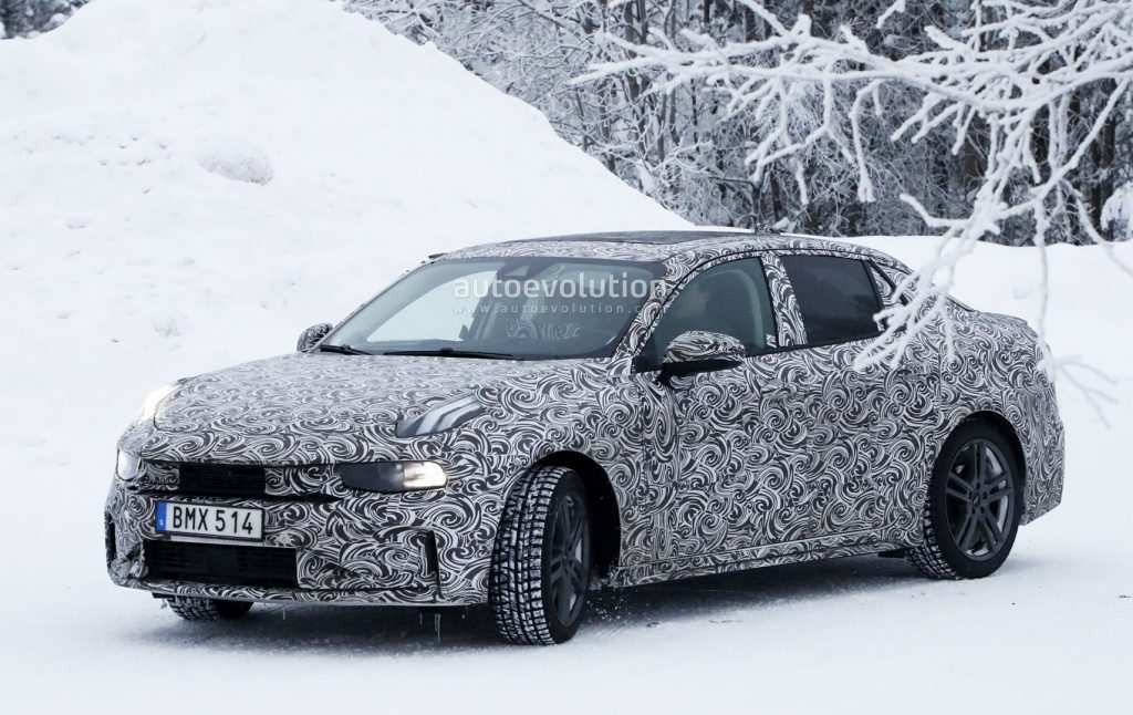 75 A 2020 Volvo S40 Performance And New Engine