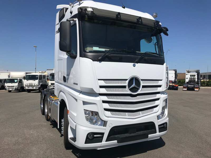 76 All New Mercedes Truck 2019 Speed Test