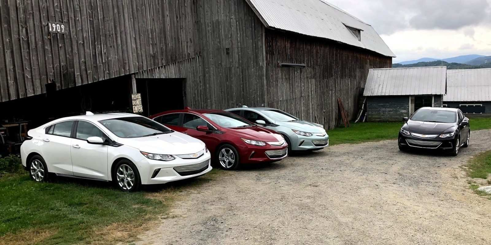 76 The 2019 Chevy Volt Style