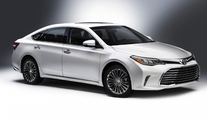 77 The 2020 Toyota Avalon Hybrid Performance