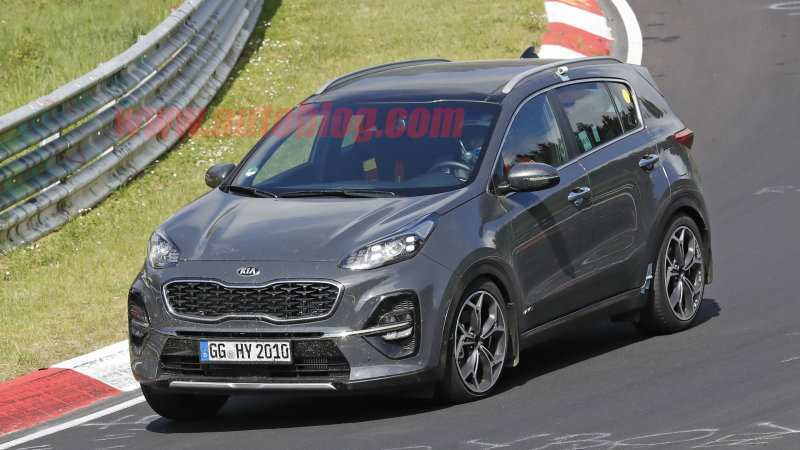 78 A 2019 KIA SportageSpy Shots Engine