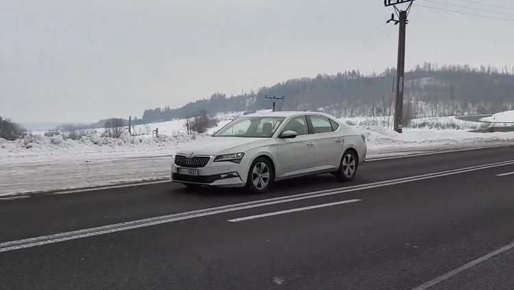 79 The Spy Shots Skoda Superb Interior