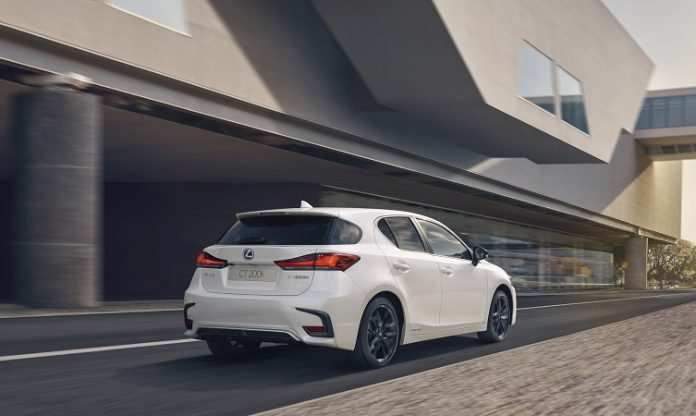 80 A 2019 Lexus CT 200h Overview