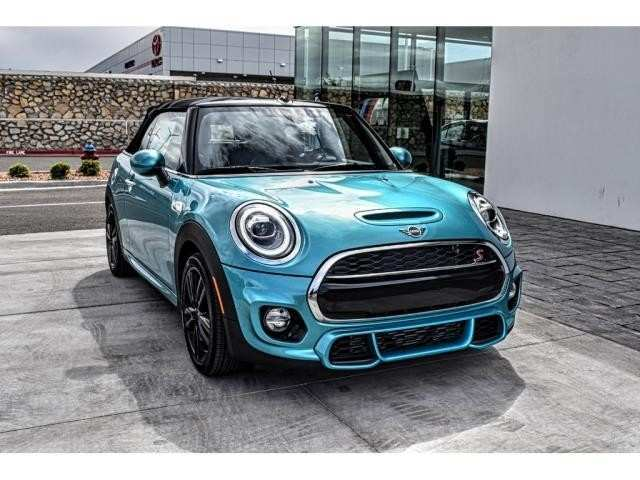 80 A 2019 Mini Cooper Convertible S Engine