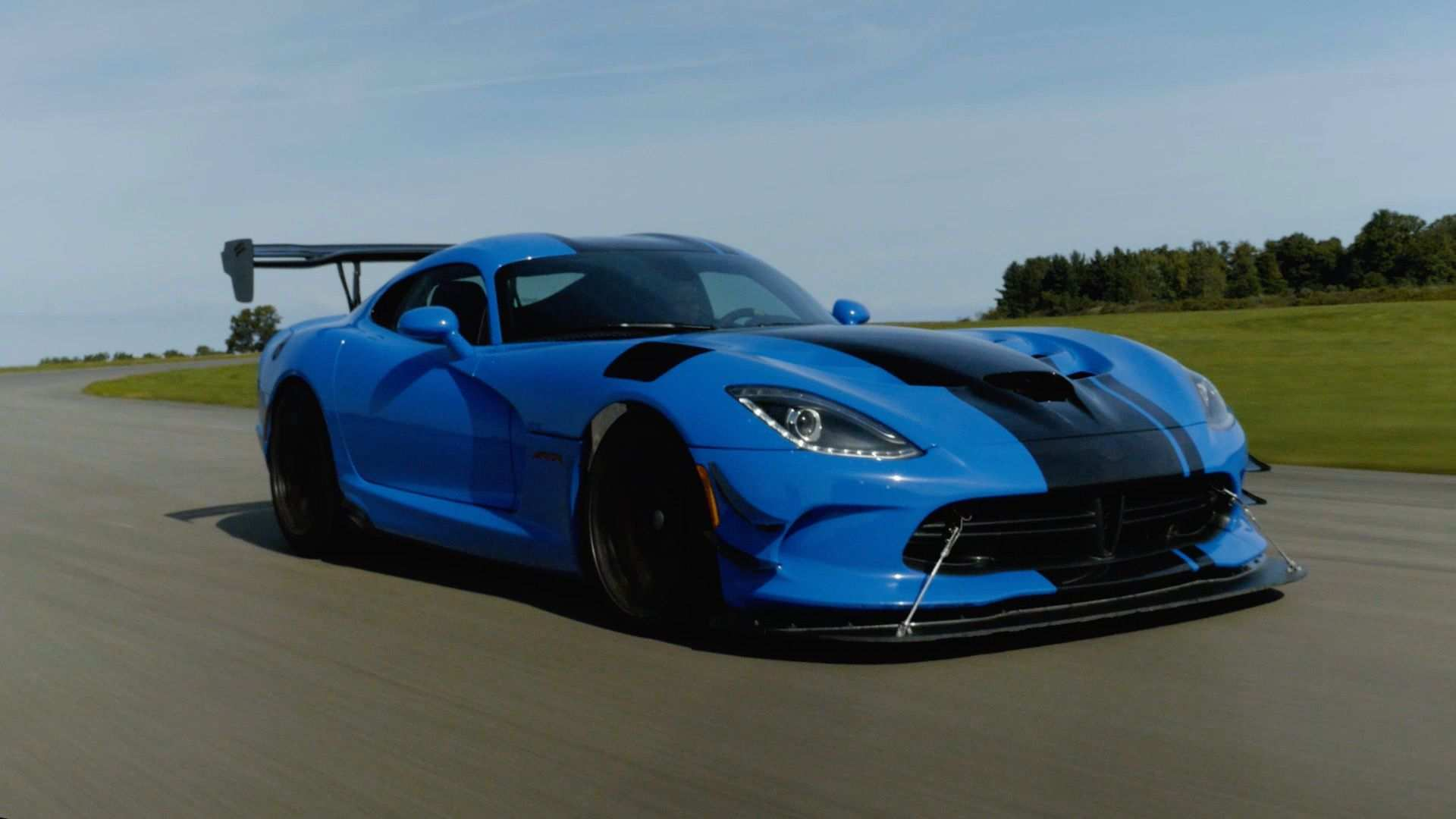 80 The 2019 Dodge Viper ACR Review