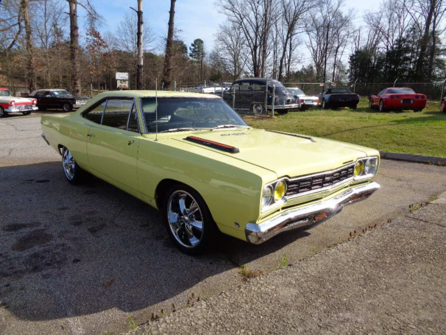 80 The 2019 Plymouth Roadrunner Picture