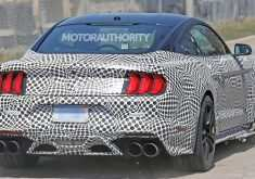 2019 The Spy Shots Ford Mustang Svt Gt 500