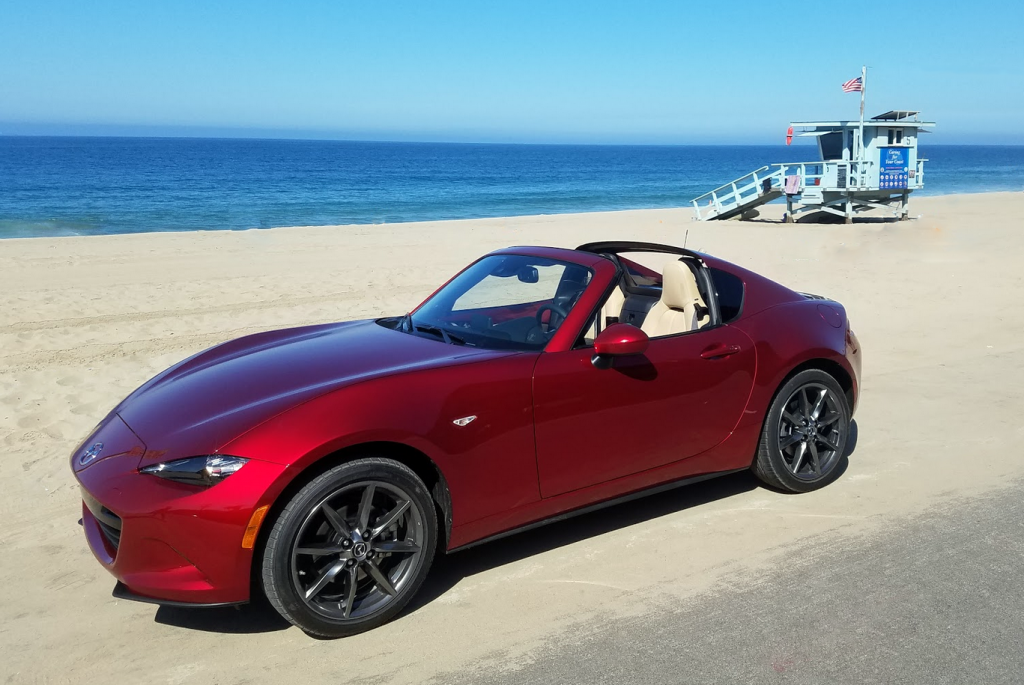 81 A 2019 Mazda Miata Photos