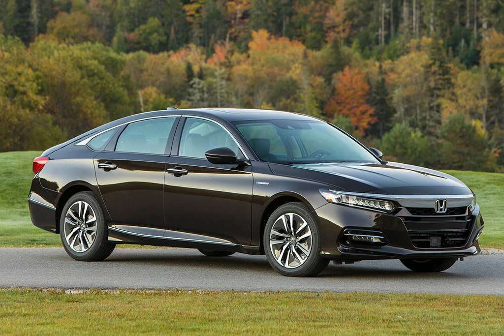 81 A 2020 Honda Accord Hybrid Pictures
