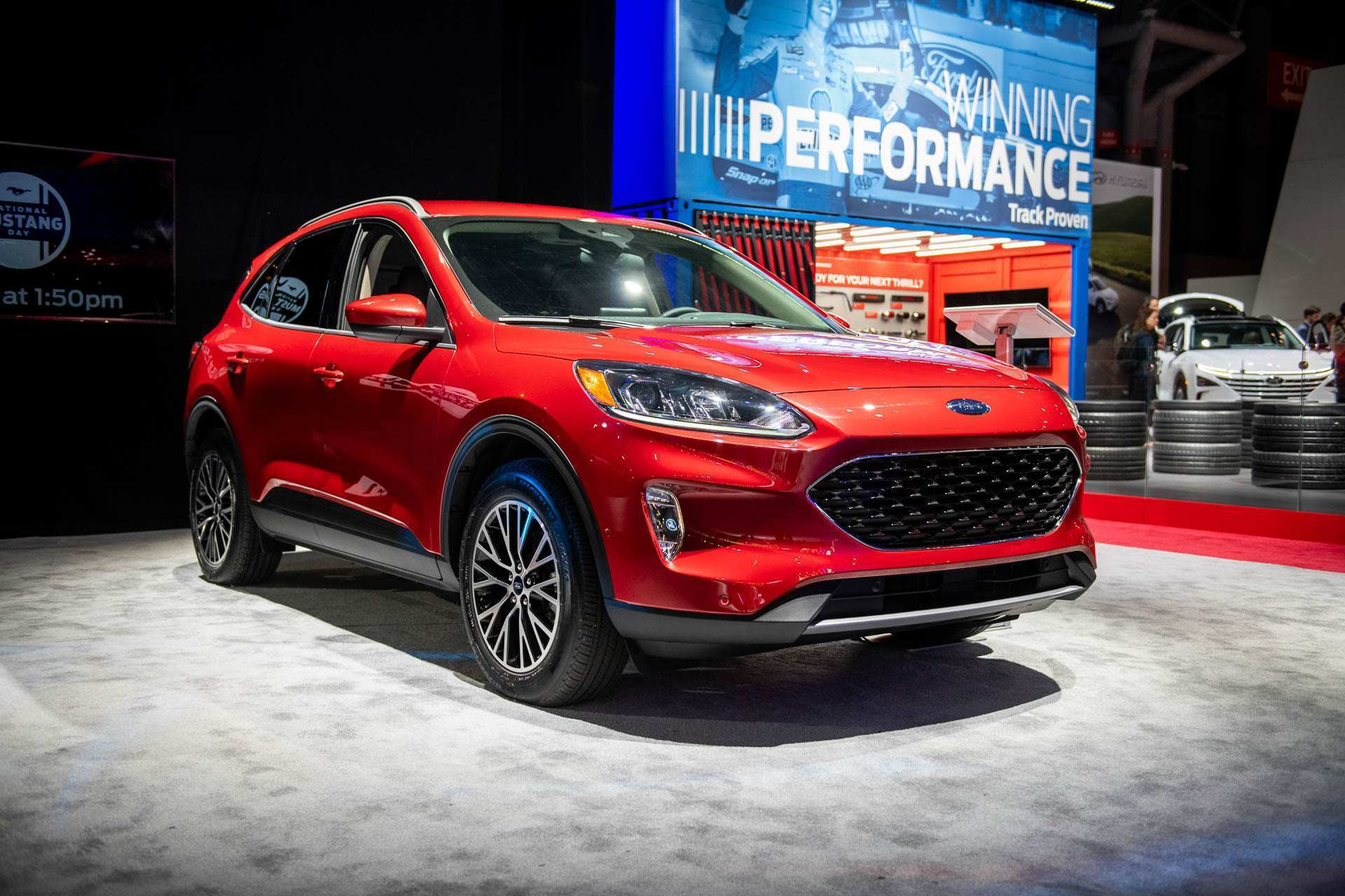 81 A Ford Hybrid Escape 2020 Redesign And Review