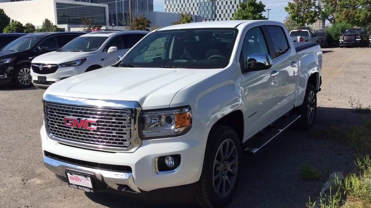 82 A 2019 Gmc Canyon Diesel Spy Shoot