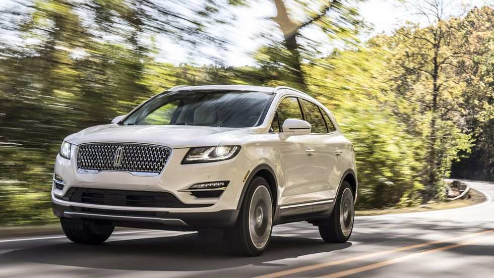 82 A 2019 Lincoln MKC Price And Review