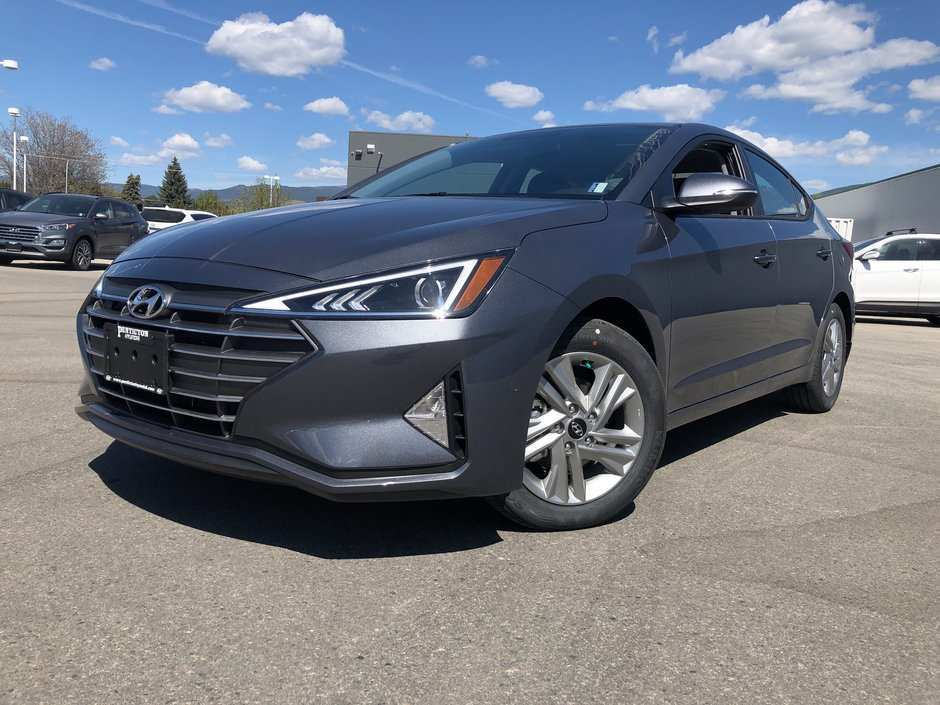 82 A 2020 Hyundai Elantra Sedan Pictures