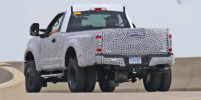 82 A Spy Shots Ford F350 Diesel Performance And New Engine