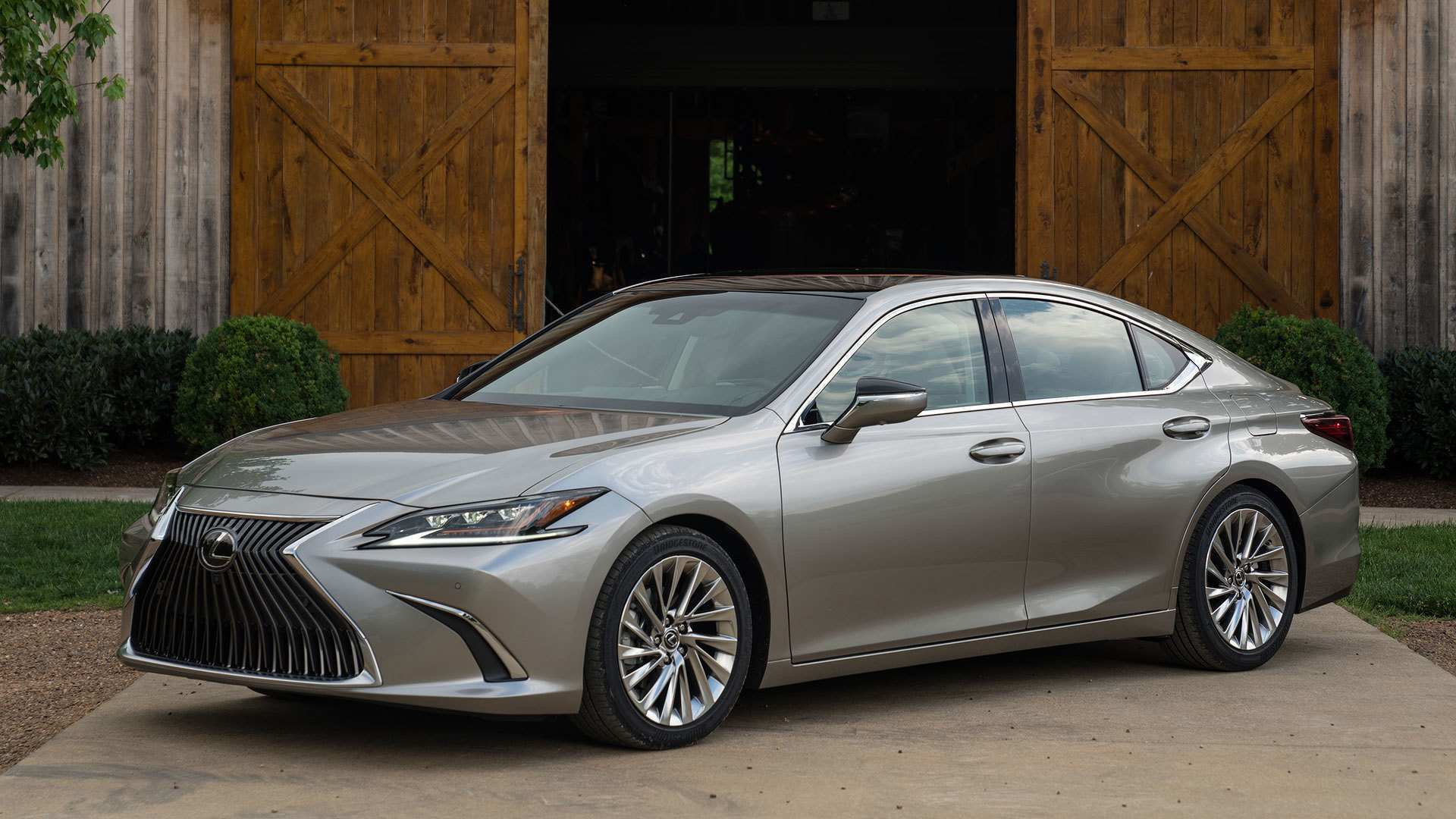 82 All New 2019 Lexus ES First Drive