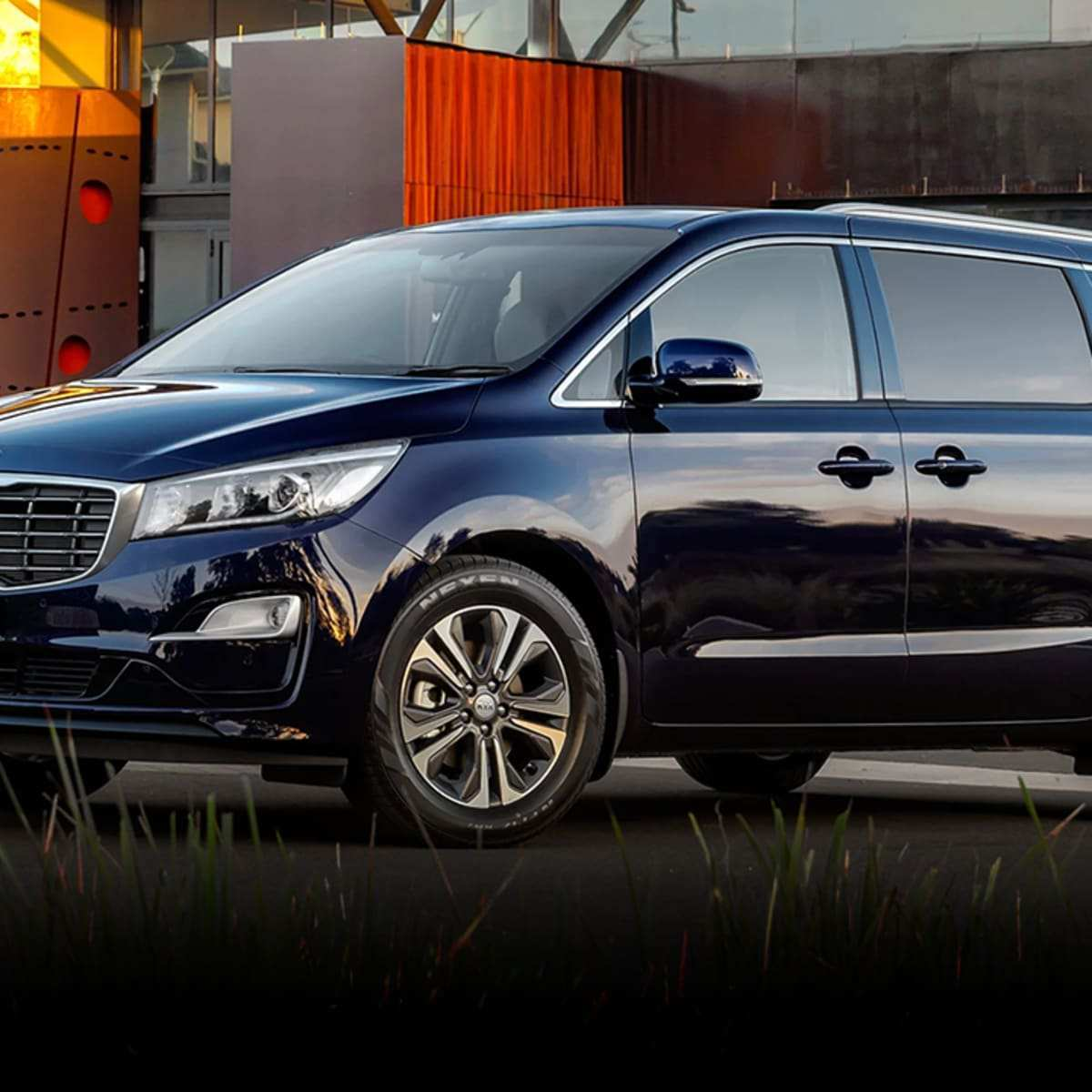 82 The 2019 Kia Carnival Research New
