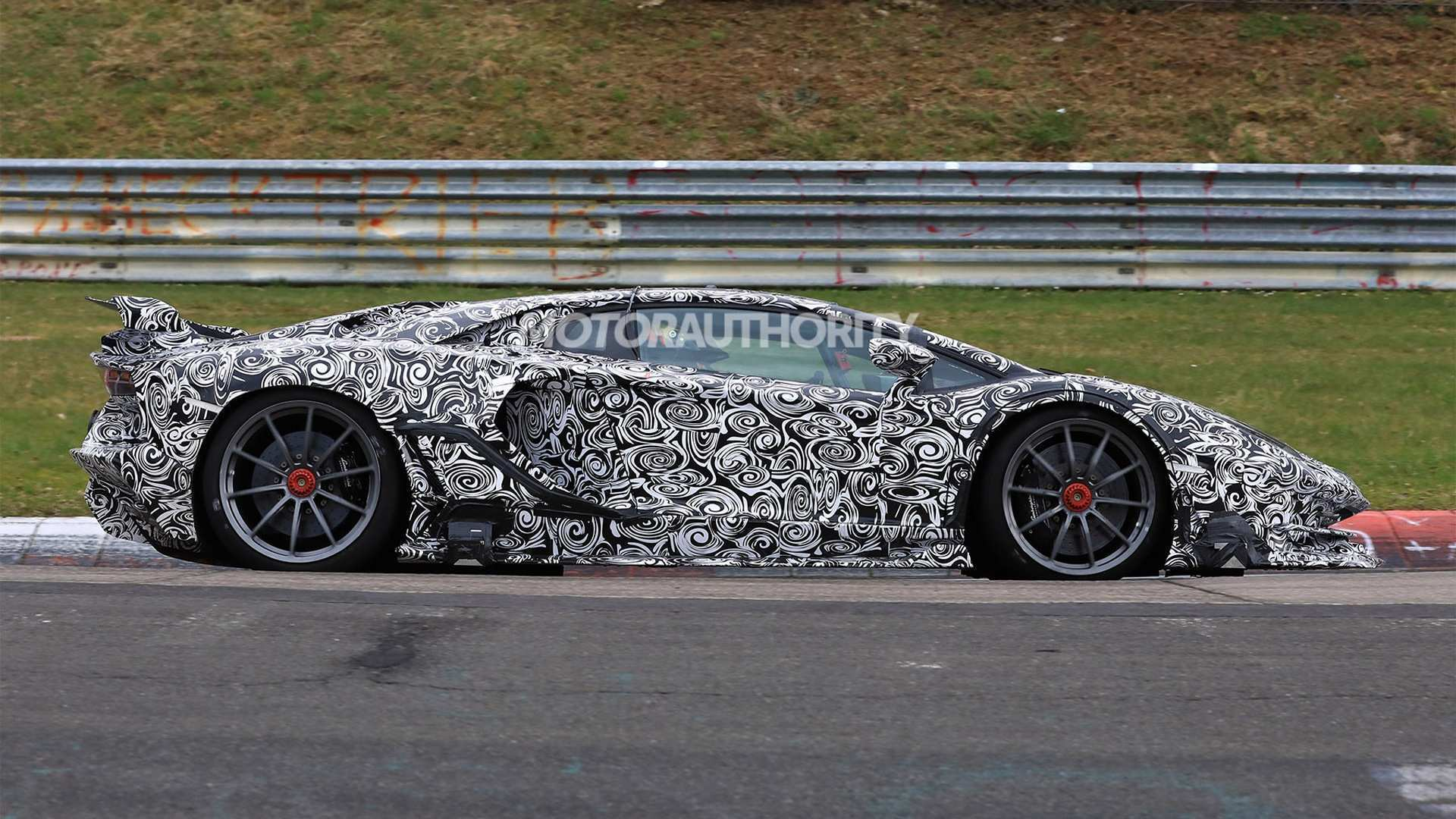 82 The 2020 Lamborghini Aventador Spesification