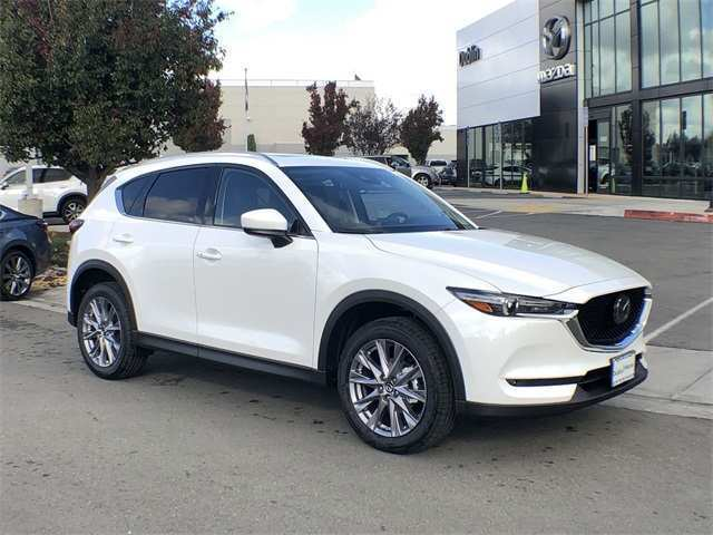 82 The Mazda Cx 5 2019 White Exterior And Interior