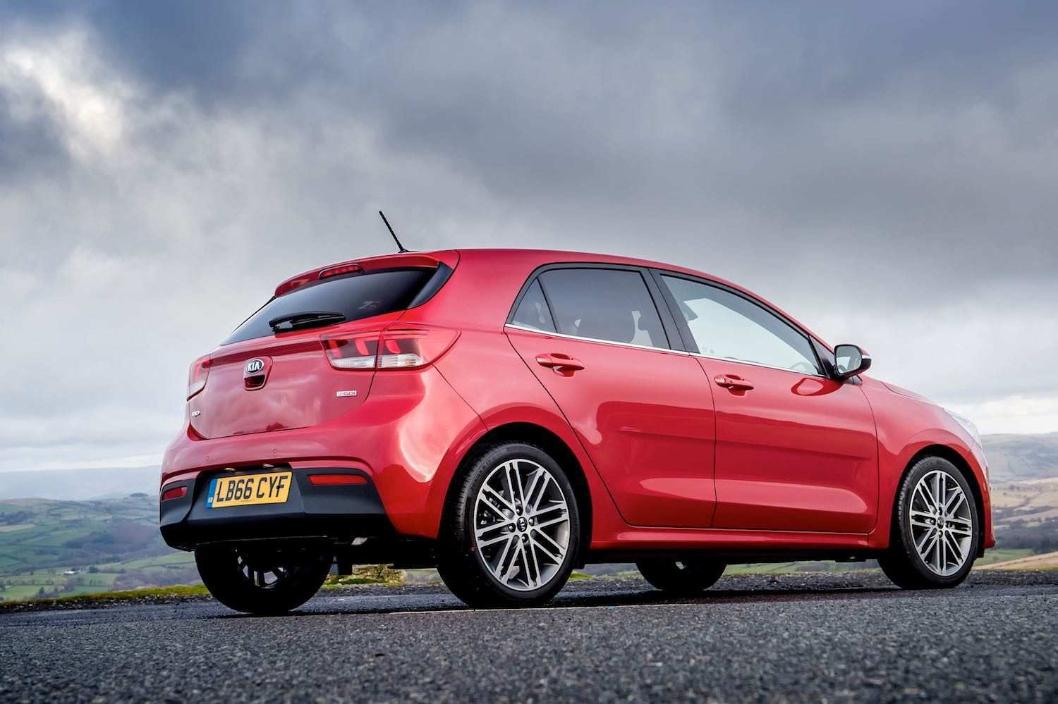 83 A 2019 All Kia Rio Overview