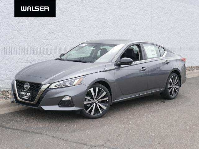 83 A 2019 Nissan Altima Style