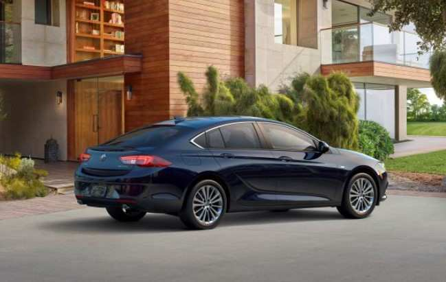 83 A 2020 Buick Regal Picture