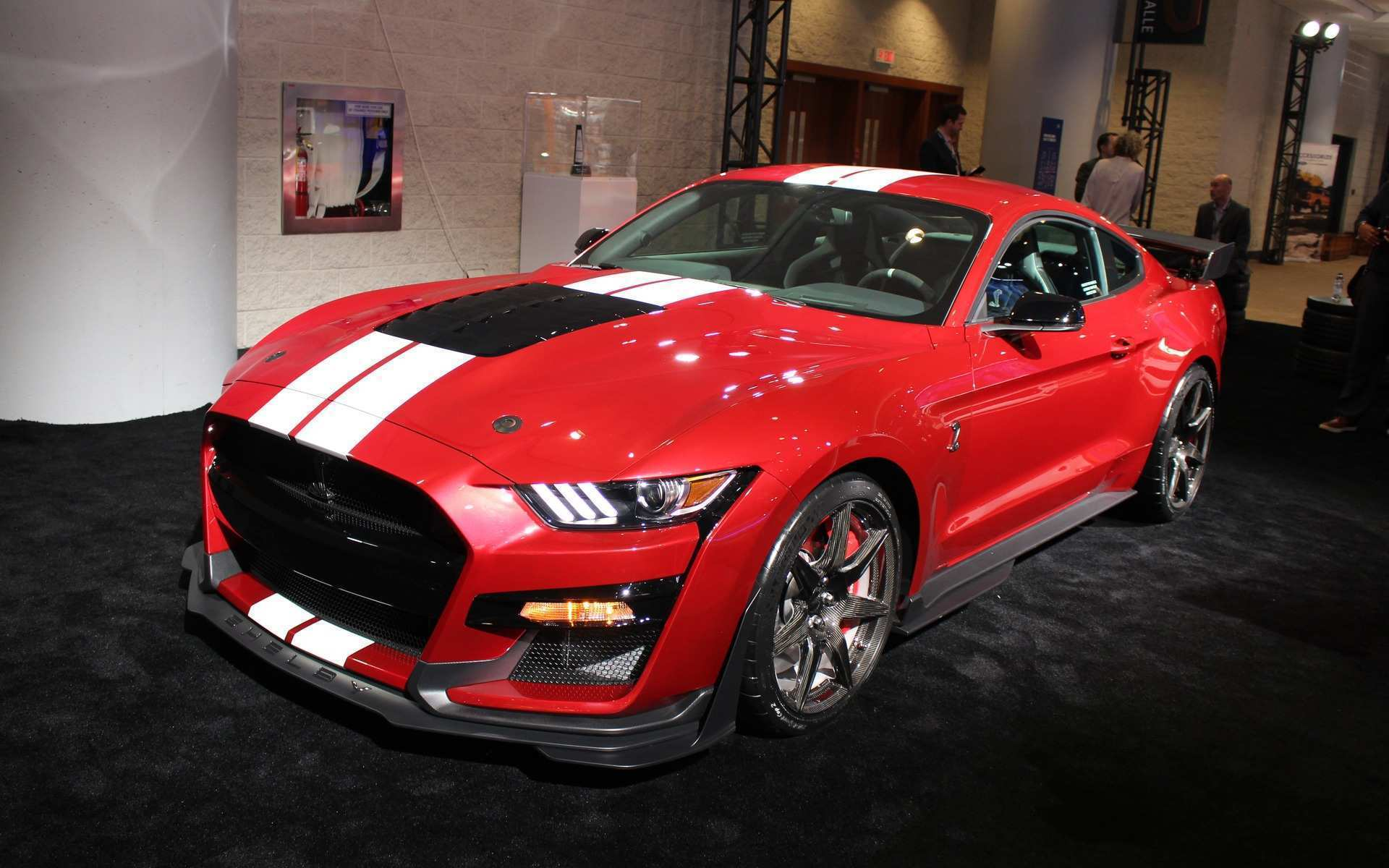 83 A 2020 Mustang Gt500 Concept