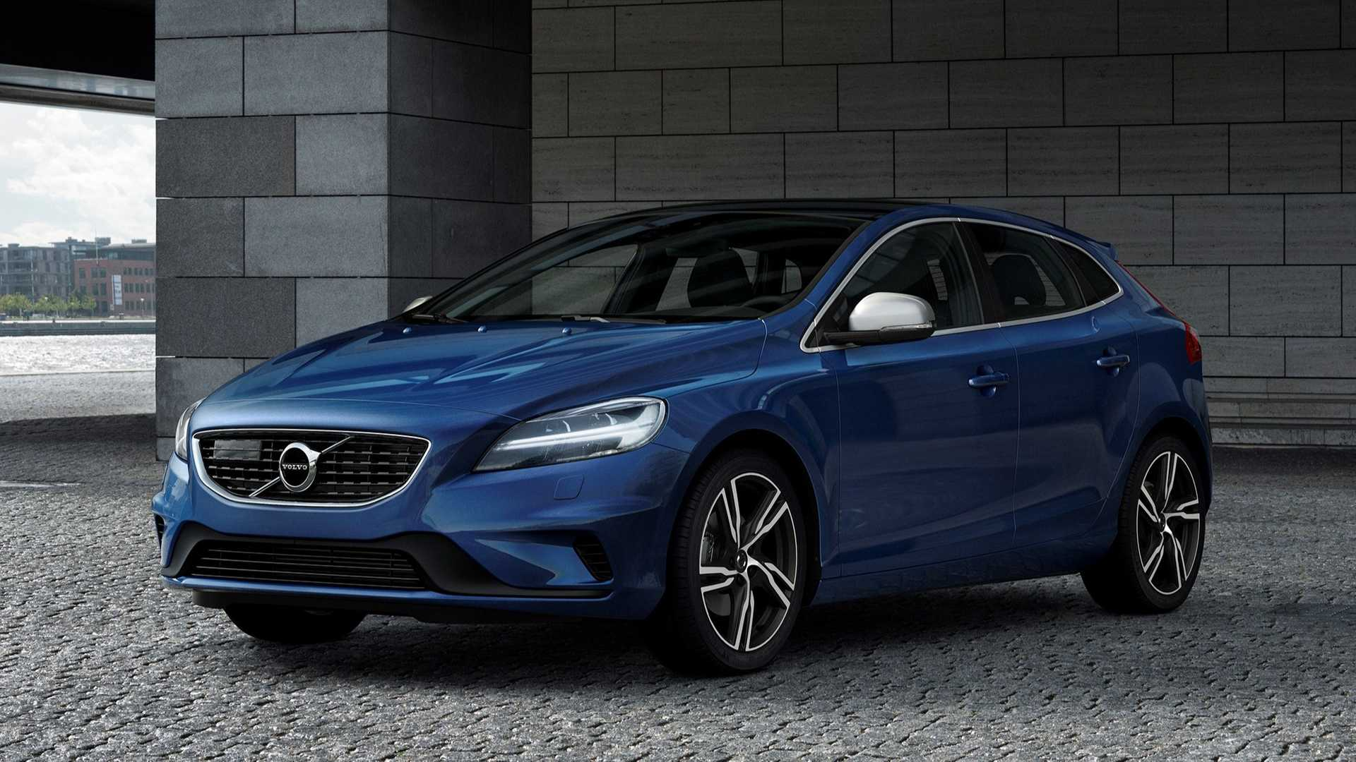 83 A Volvo 2019 V40 Photos