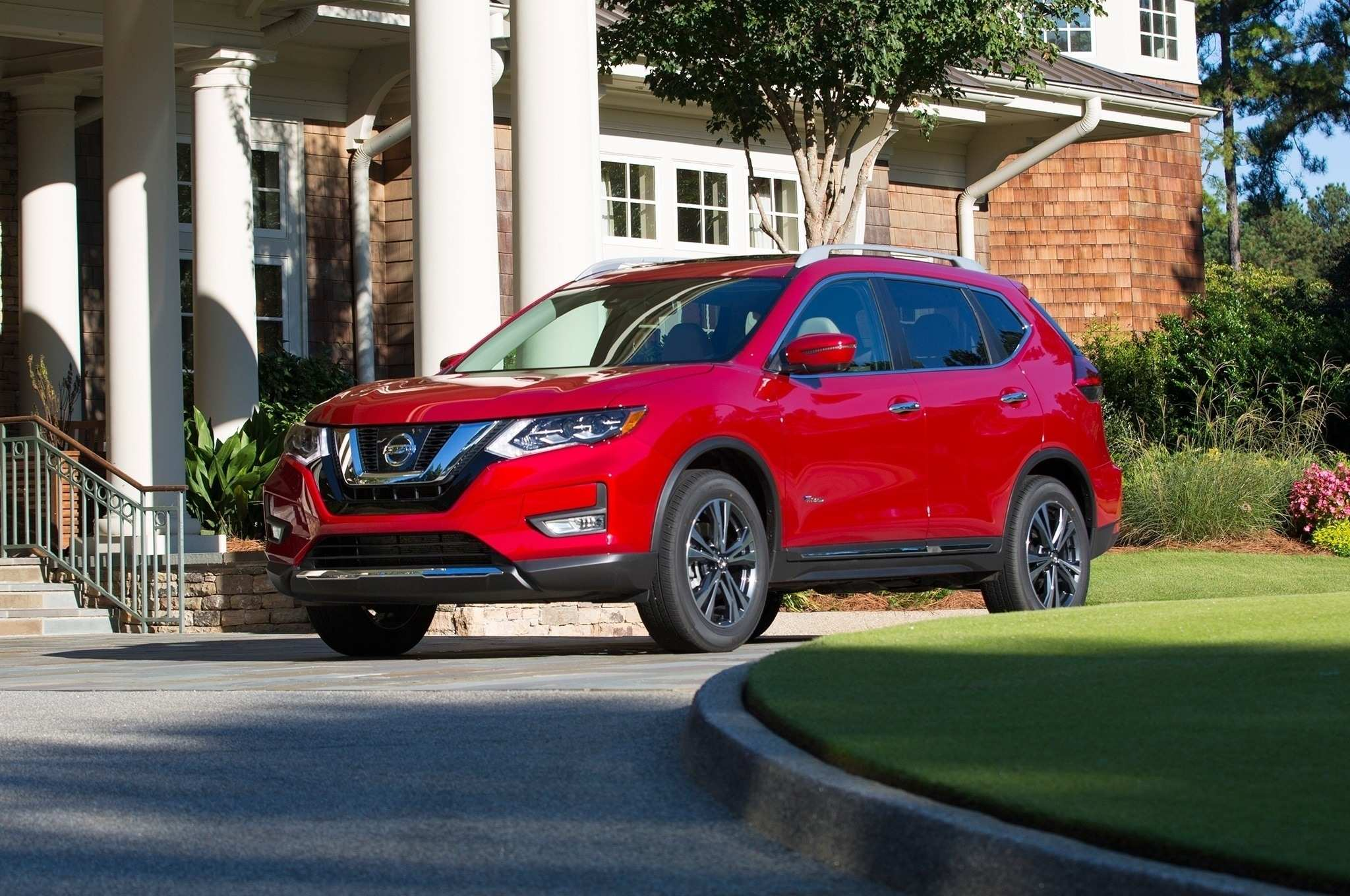 83 The 2019 Nissan Rogue Hybrid Ratings