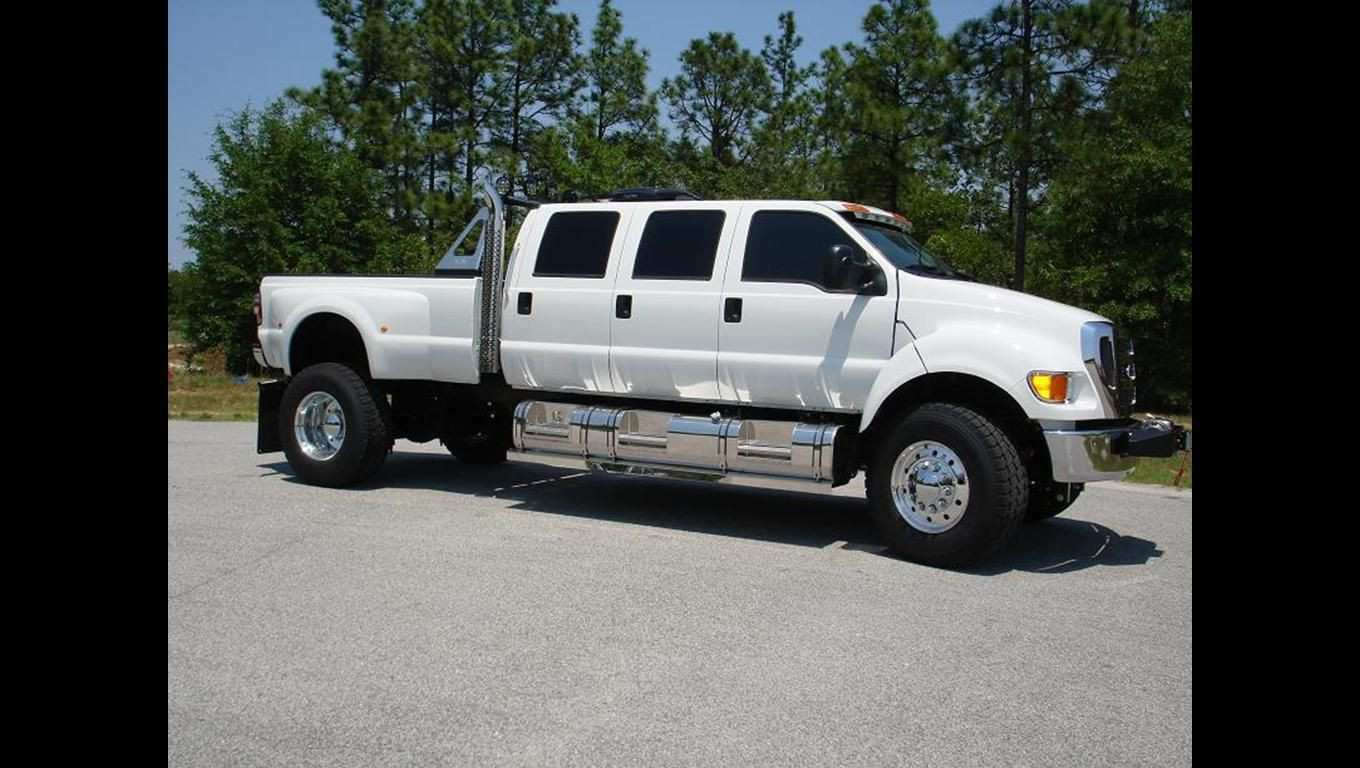 84 A 2020 Ford F650 Overview