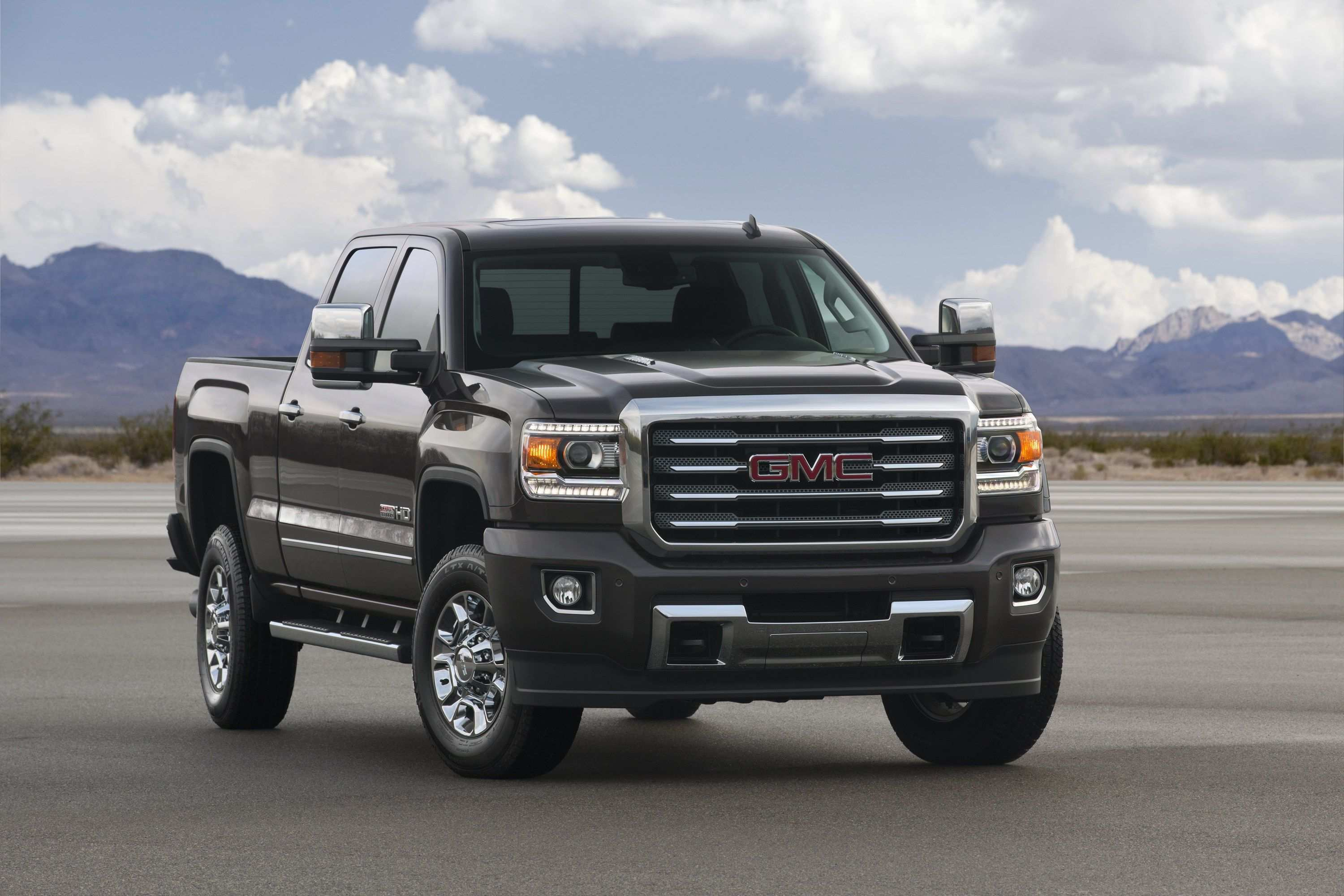 84 A 2020 GMC Denali 3500Hd Exterior And Interior