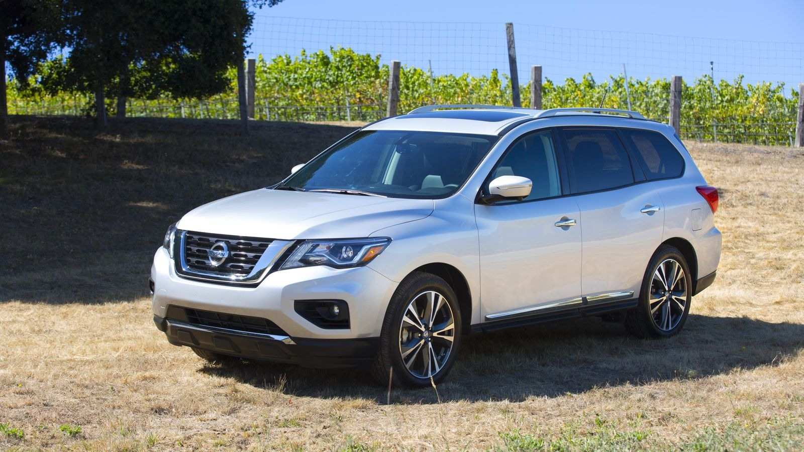 84 A 2020 Nissan Pathfinder Hybrid Redesign And Review