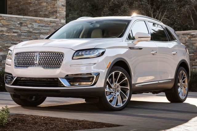 84 The 2019 Lincoln MKS Style