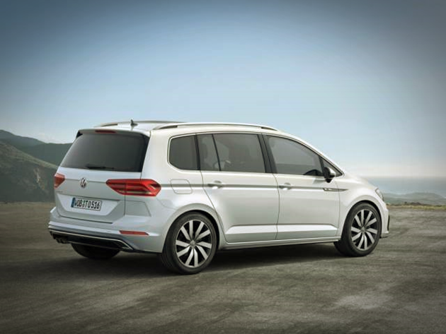 85 New 2019 VW Touran Wallpaper