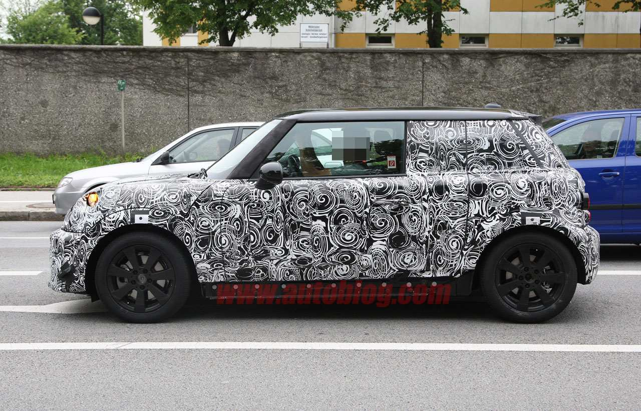 85 New Spy Shots Mini Countryman Picture