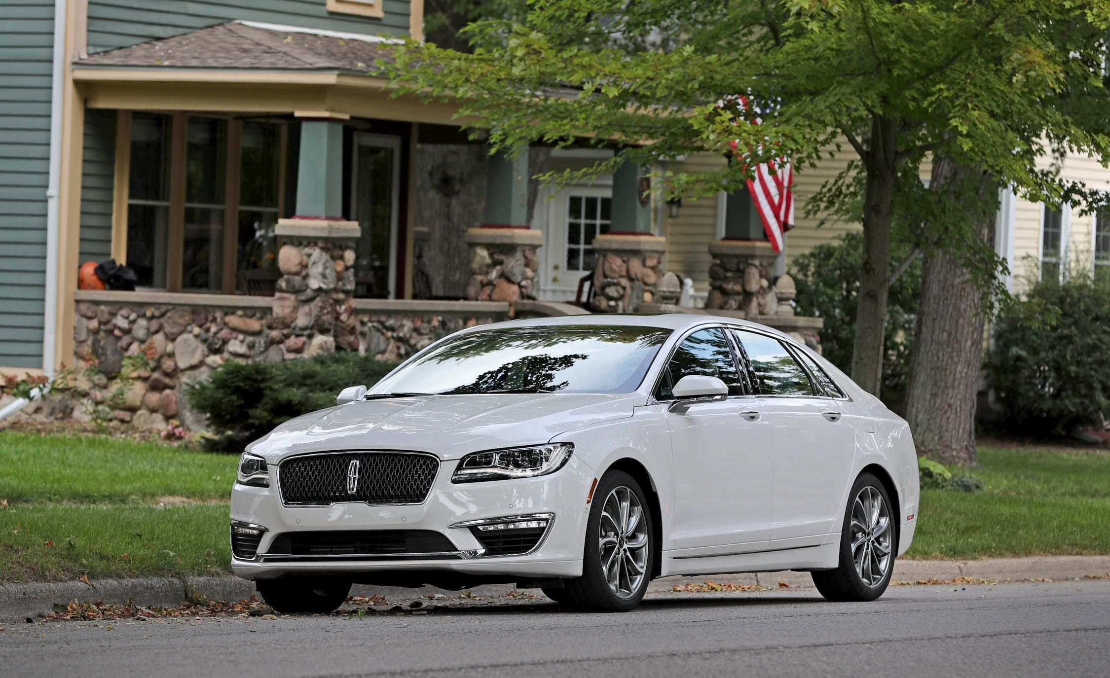 85 The 2020 Lincoln MKZ Hybrid Style