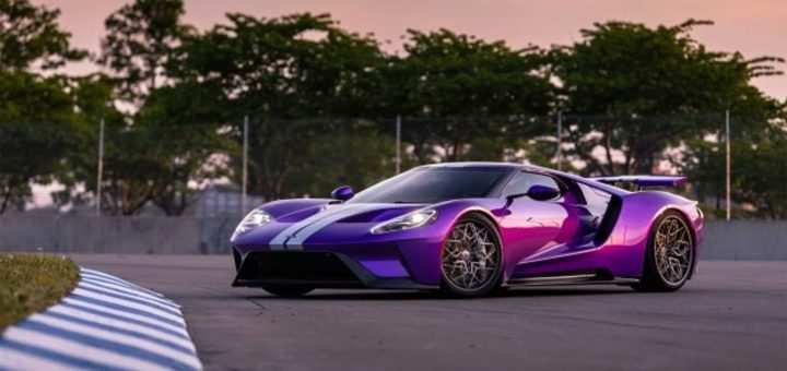 86 A 2019 Ford GT First Drive