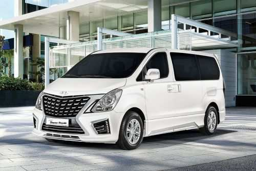 86 A 2019 Hyundai Starex Pictures