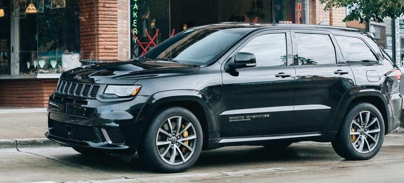 86 A 2020 Jeep Cherokee Exterior And Interior
