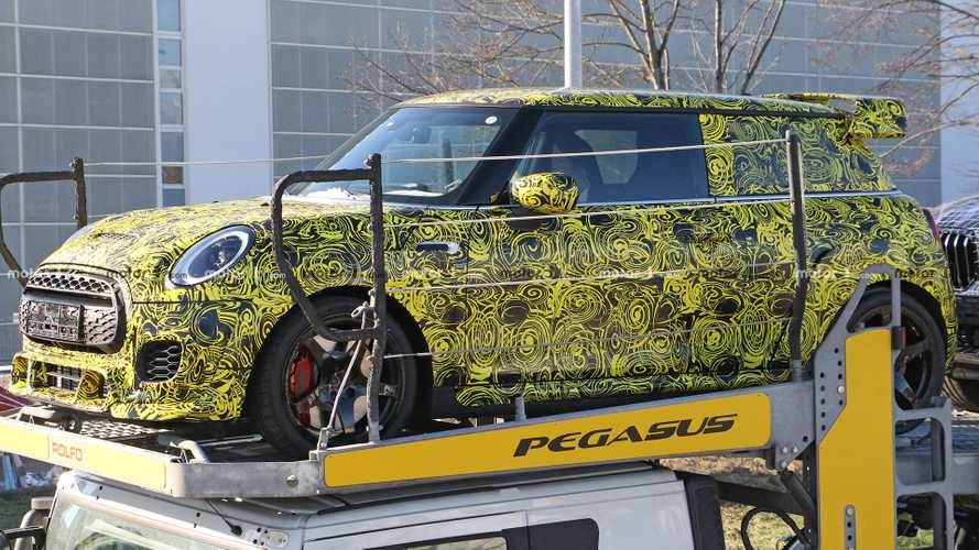 86 A 2020 Spy Shots Mini Countryman Overview