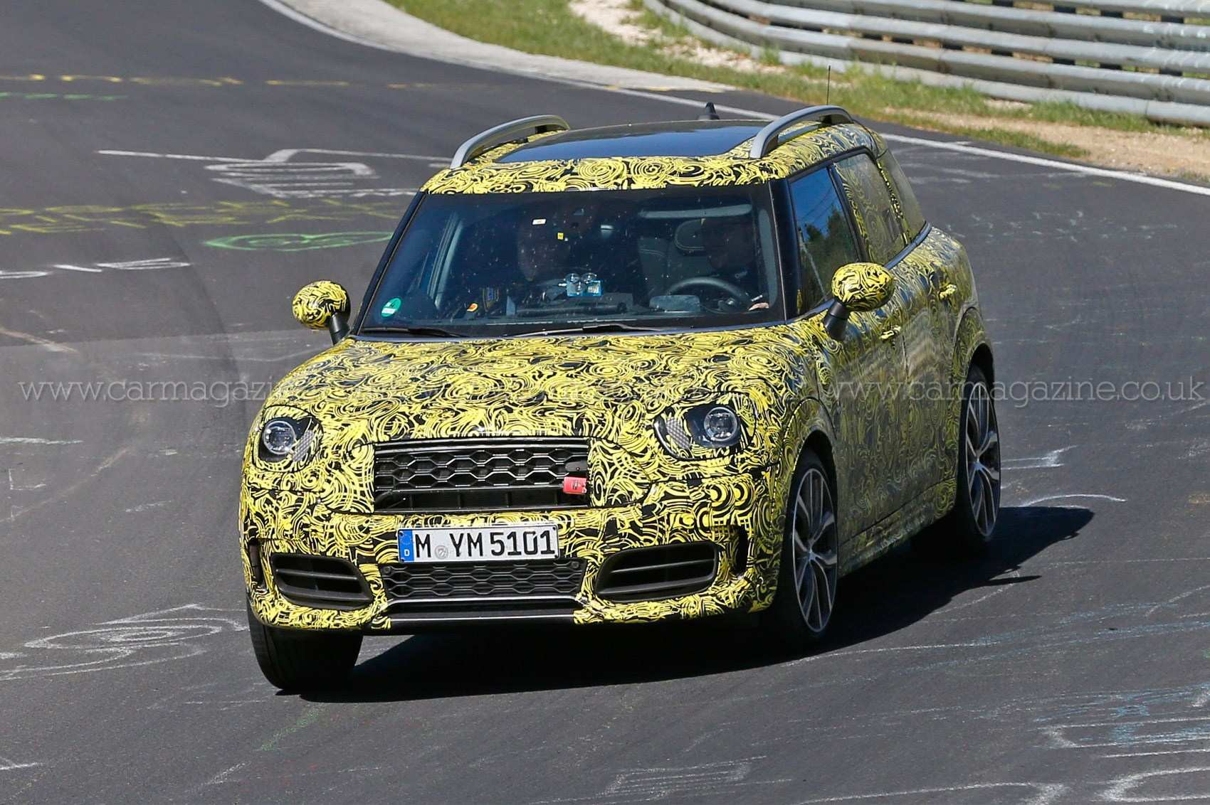 86 A Spy Shots Mini Countryman Model