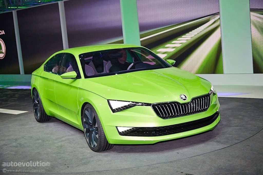 86 All New 2019 The Spy Shots Skoda Superb Engine