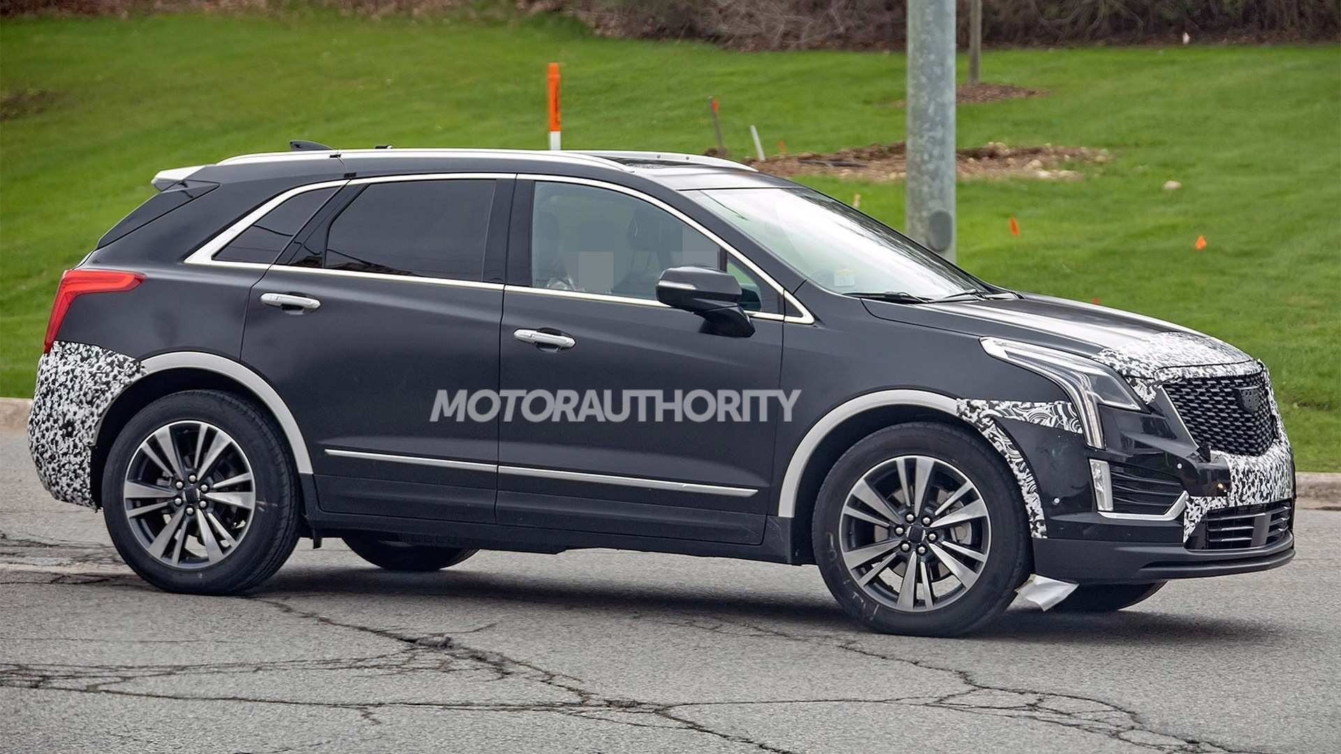 86 New 2019 Spy Shots Cadillac Xt5 Pictures