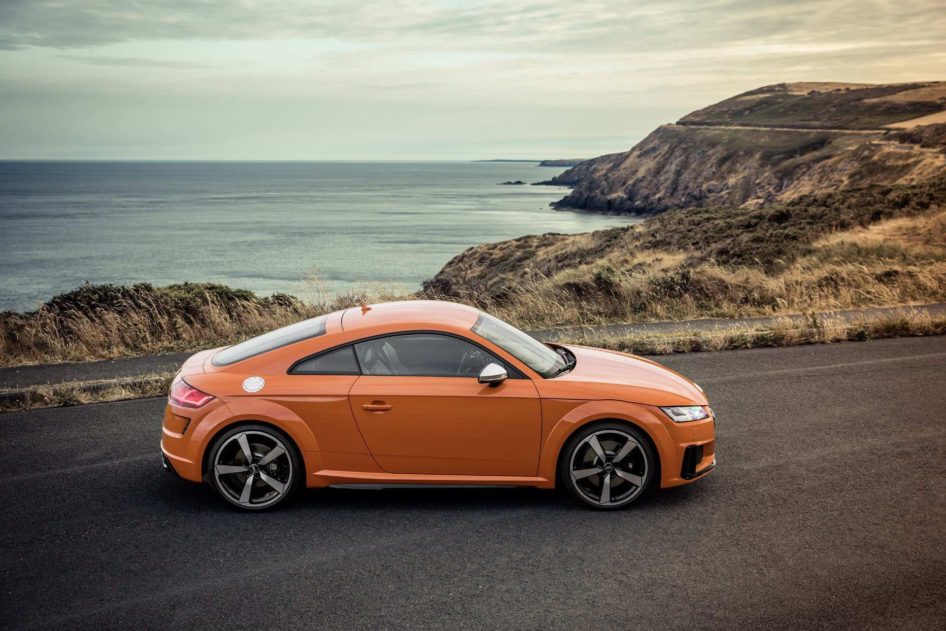 86 The 2020 Audi TTS Wallpaper