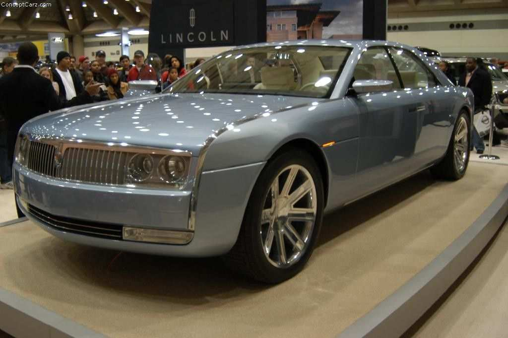 87 A 2019 Lincoln Town Performance