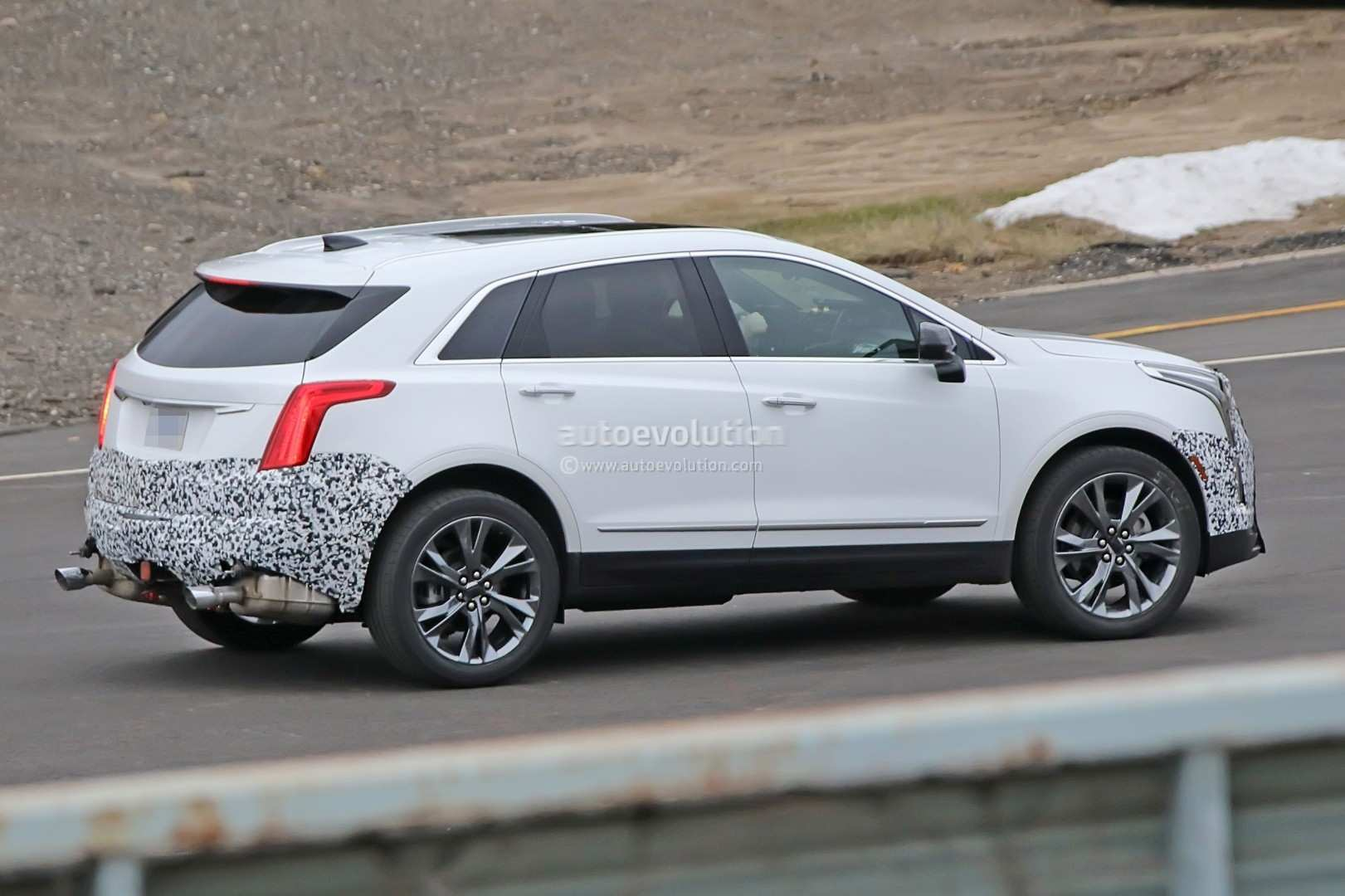 87 The 2020 Spy Shots Cadillac Xt5 Release