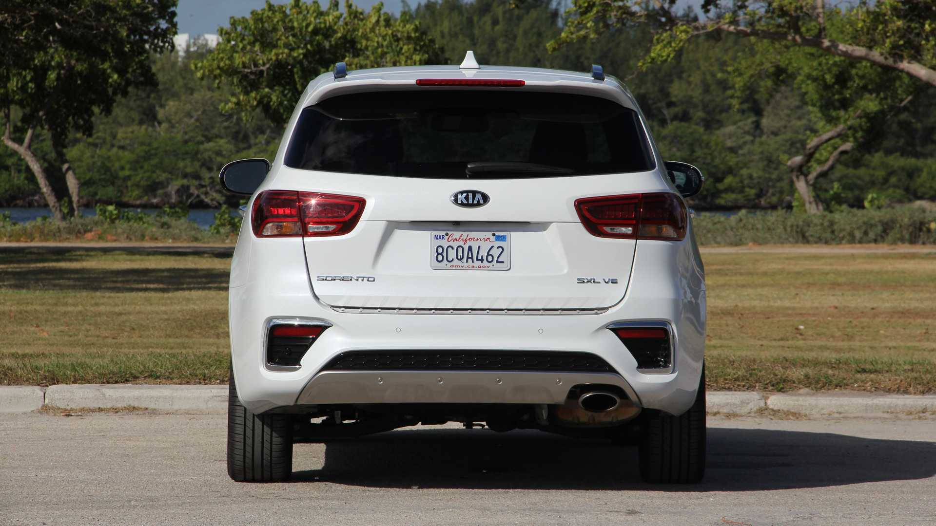 87 The Kia Sorento 2019 White Configurations