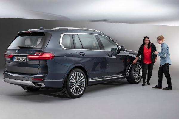 88 A 2019 BMW X7 Suv Overview