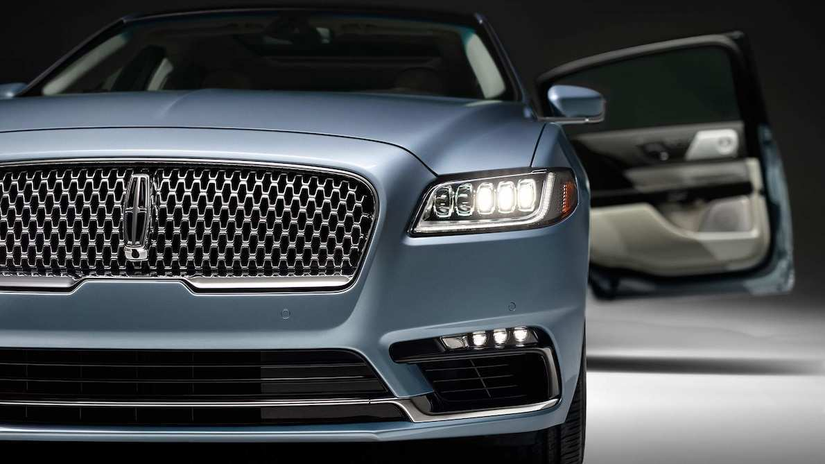88 A 2019 Lincoln Town Style
