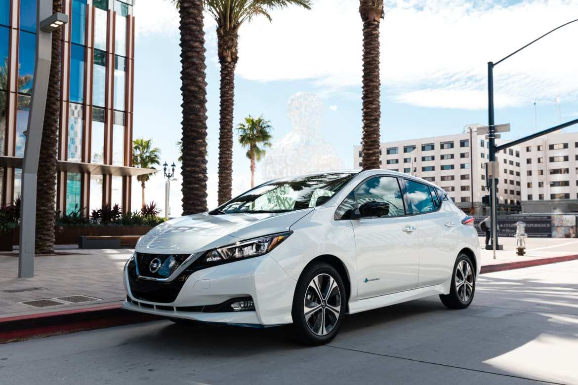 88 A 2019 Nissan Leaf Review Photos